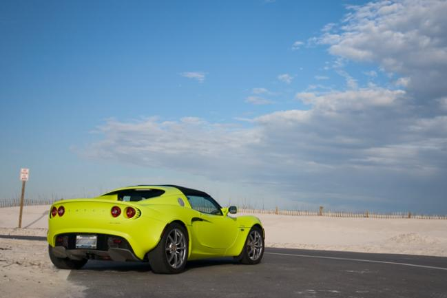 Lotus_Elise_Florida_Beach2.jpg
