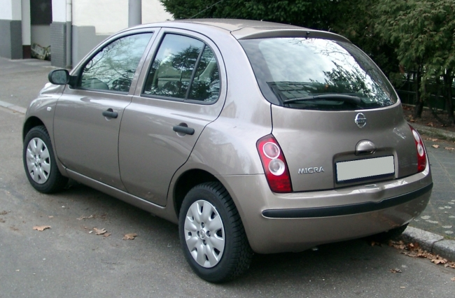 Nissan_Micra_rear_20080127.jpg