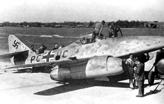 messerschmitt-me-262-fighter-08.png