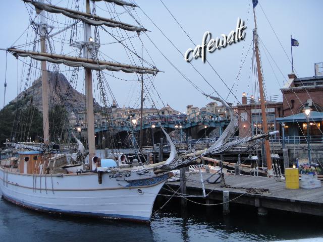SS COLUMBIA DECK 3