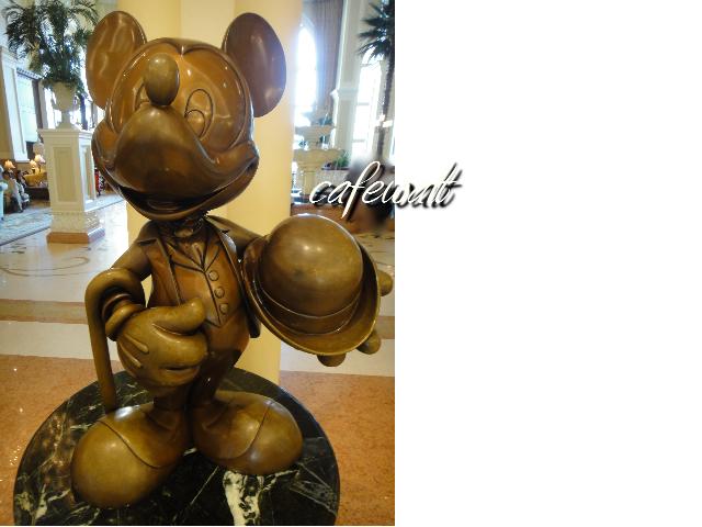 Tokyo Disneyland Hotel Mickey Bronze