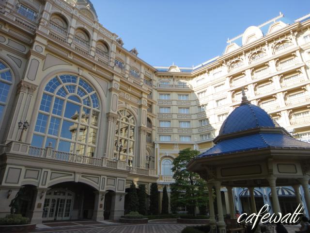 Tokyo Disneyland Hotel 2