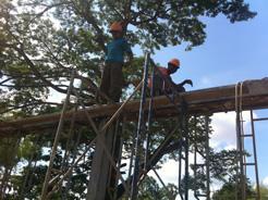 トロパントム小学校図書館建設3-2