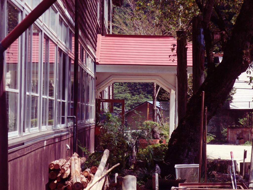 木造の校舎