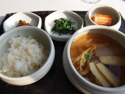ご飯(プーム)