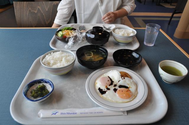 2013,09,21 新日本海フェリー船内 行き 010