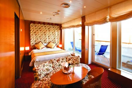 1111111100013585+outside+cabin+with+balcony,queen+bed,cabin+number+11113,grade+MB,mini+suite_convert_20130428140721