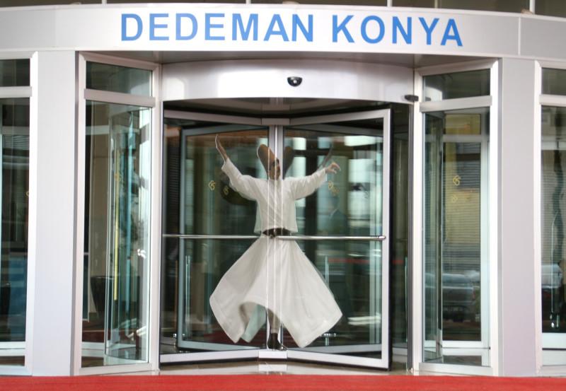 踊る!旅する!ゆきうさぎ-トルコ