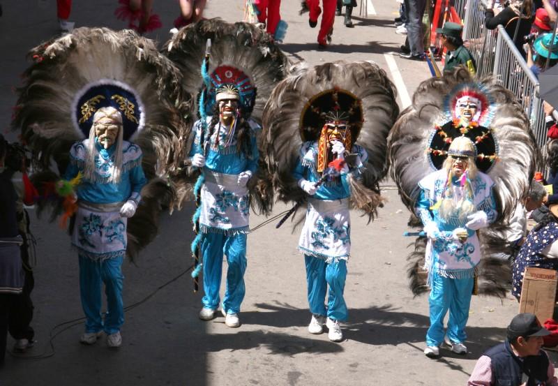 踊る!旅する!ゆきうさぎ-ボリビア