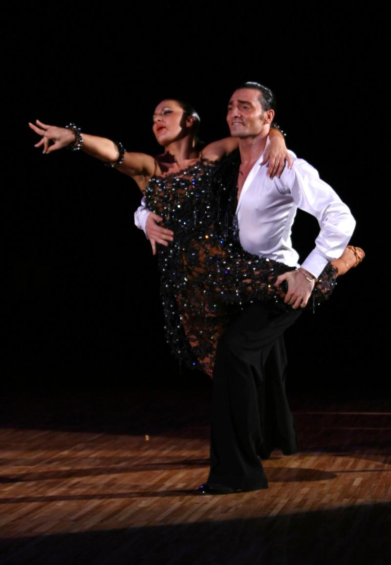 踊る!旅する!ゆきうさぎ-フィリッポ