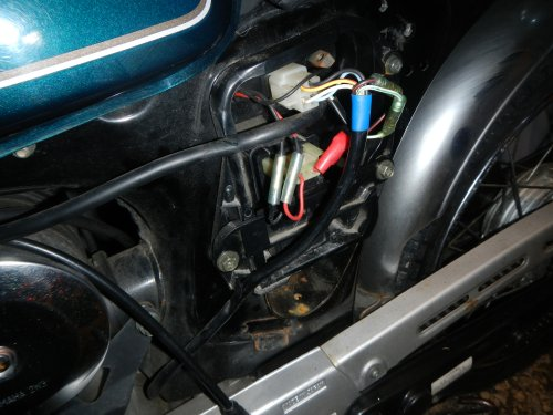 YB-1バッテリ交換02