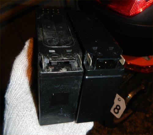 YB-1バッテリ交換03