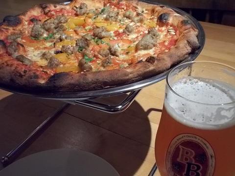 ピザと駿河ベイ