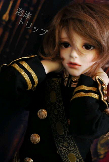 軍服…メア