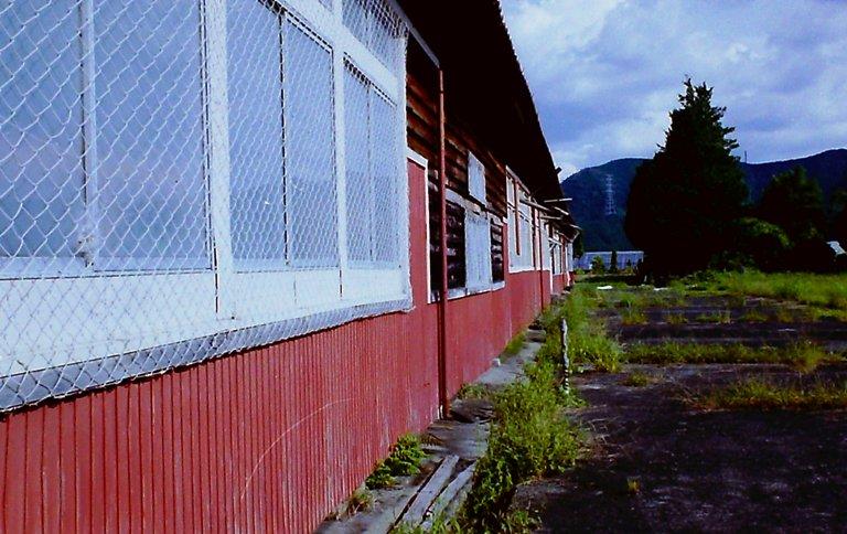 山の廃工場-5