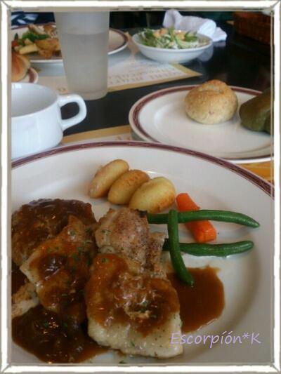 lunch97.jpg
