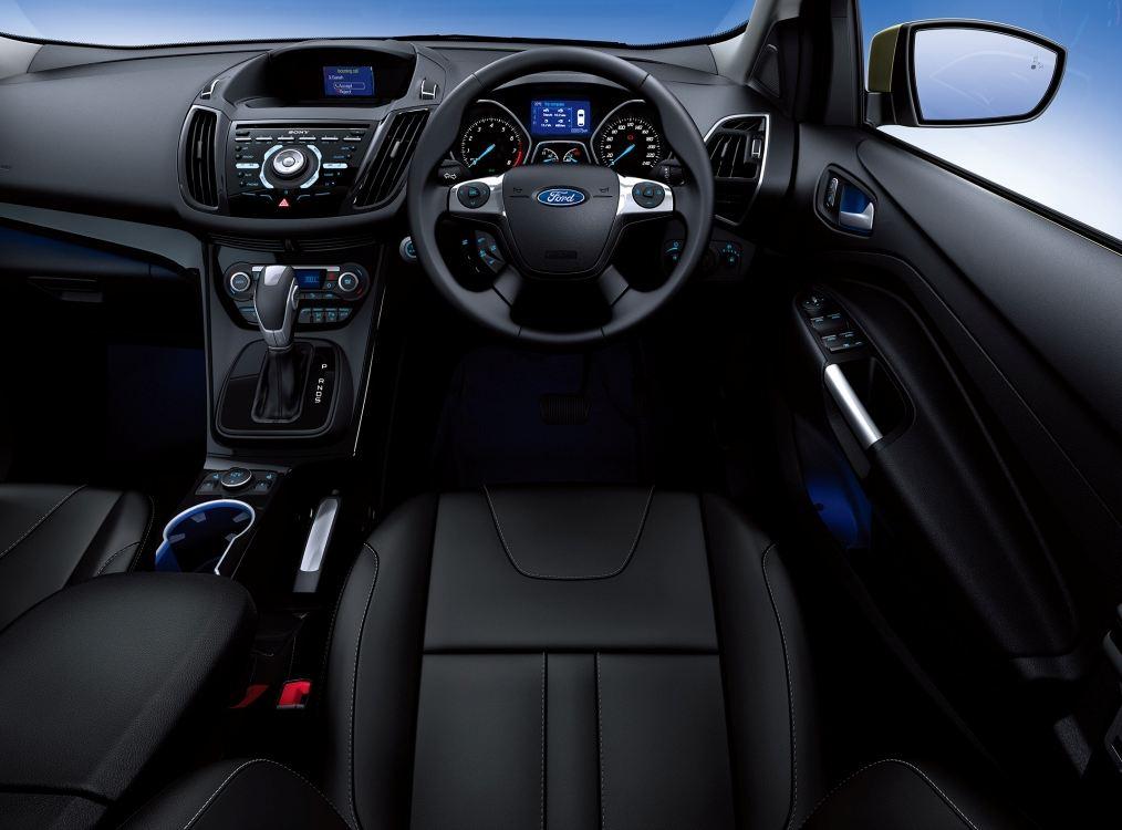 フォード 新型クーガ3