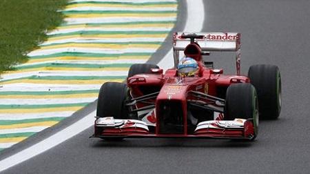 フェラーリはプルロッド廃止でプッシュロッドに