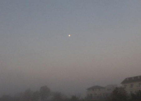 霧と朝日 006