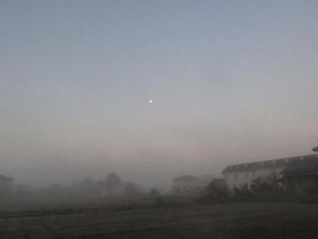 霧と朝日 002