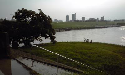 水門公園上