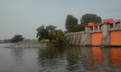 赤水門と中州