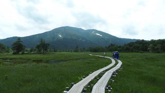 木道と雪渓