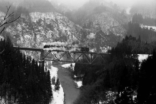 変換 ~ 雪の滝谷