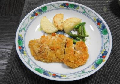 鶏胸肉のミラノ風カツレツ