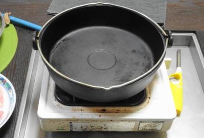 すき焼きなべ