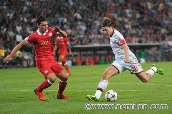 13-14_CL_PSV-milan3.jpg