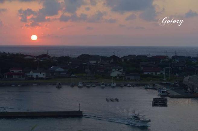 柏漁港の夕暮れ