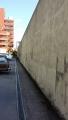 高い塀(2)
