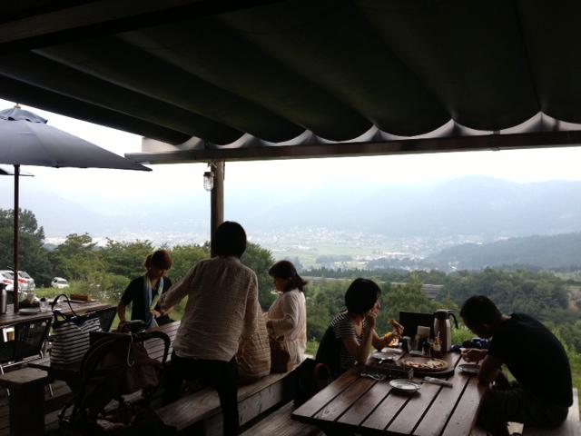 写真 櫟の丘テラス