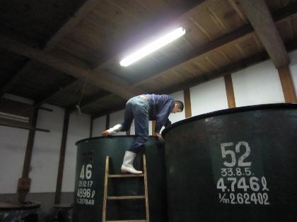 タンク掃除1