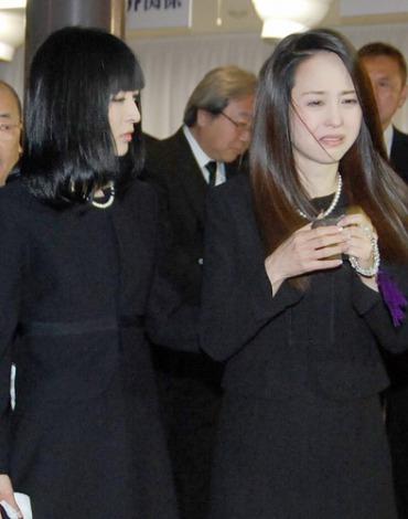 松田聖子 神田沙也加 相澤秀禎さん通夜
