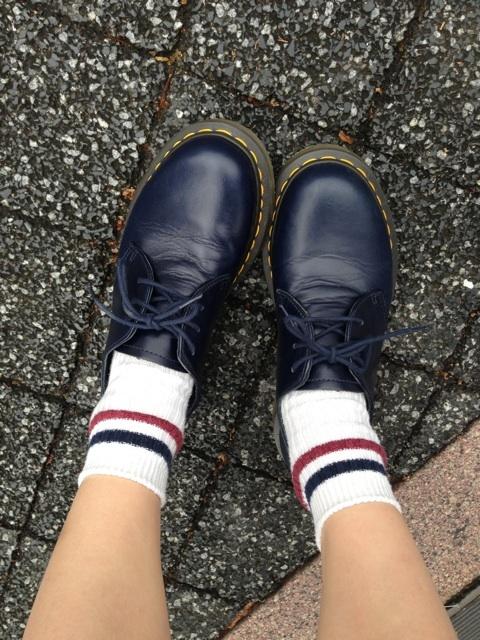 あいのり 桃 靴