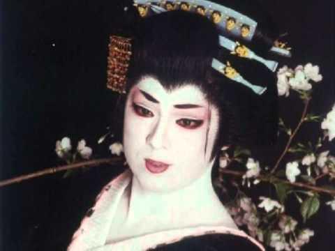 女形姿の梅沢富美男