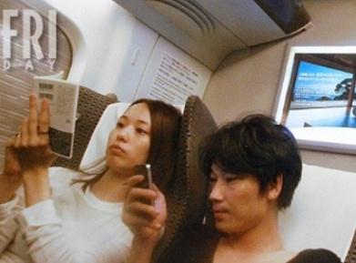 綾野剛と戸田恵梨香ツーショット フライデー