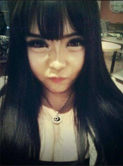 整形しすぎた韓国人女性 顔面崩壊