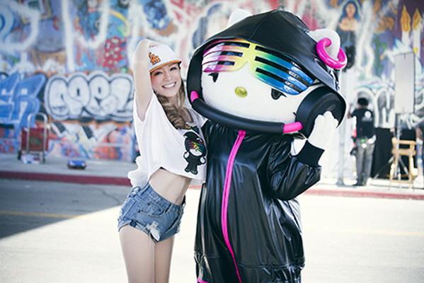 浜崎あゆみとDJ Hello Kittyがコラボレーション