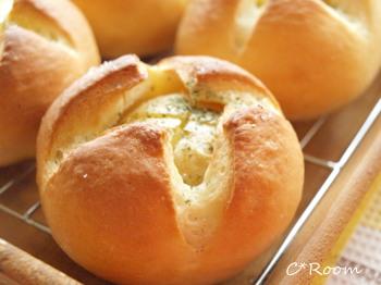新じゃが丸ごとパン2