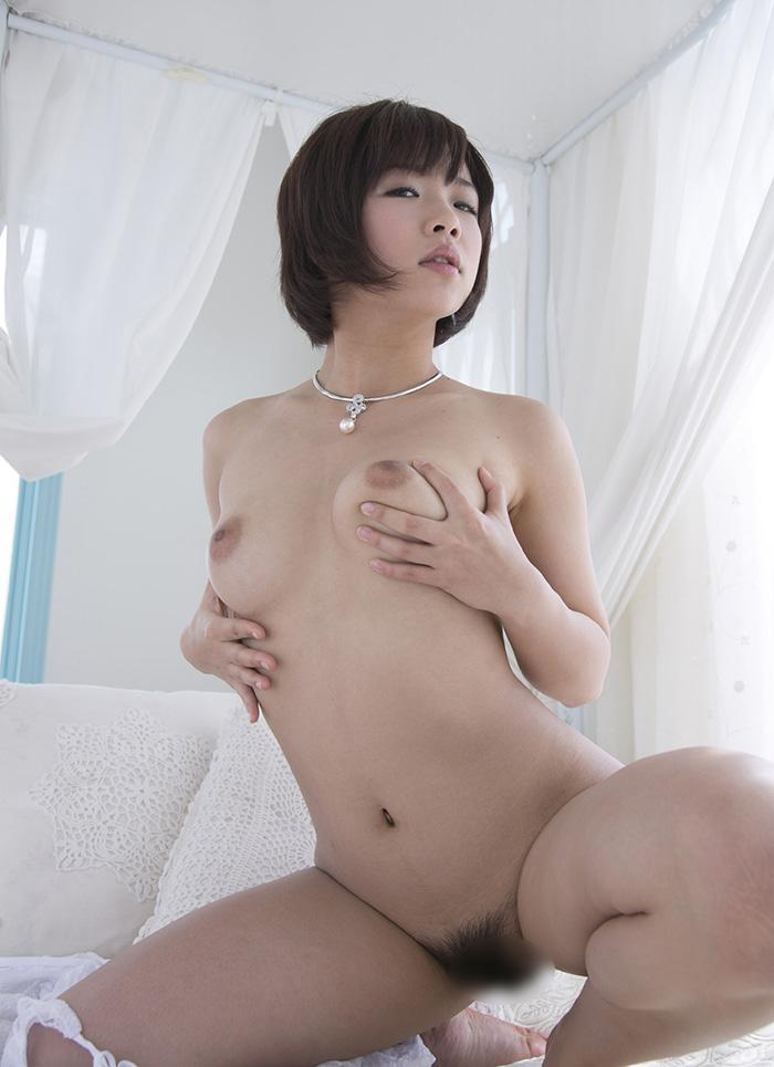 紗倉まな in the room...
