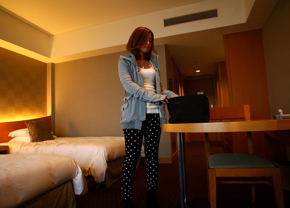 雨降ってるからホテルでヌクヌクしてたら…大量に出ちゃった!