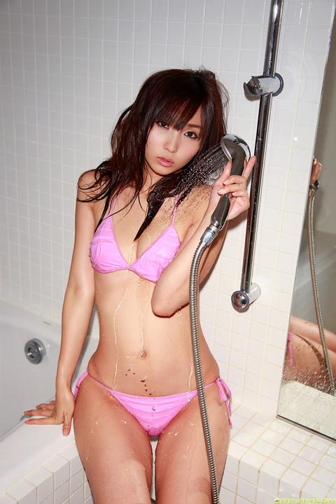 シャワーでエッチ画像