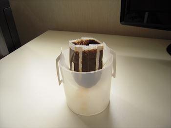 20130730 コーヒーガラ入れ_R