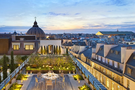 paris-suite-royale-orientale-suite-terrace-2_s.jpg