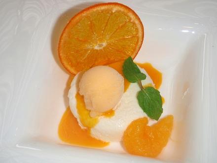 9P7130114 チーズとオレンジ
