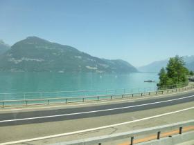 トゥーン湖1