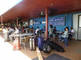 マーレ空港2